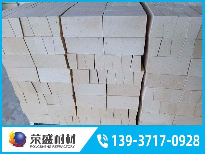 高铝耐火砖的热导率与黏土砖和硅砖的区别